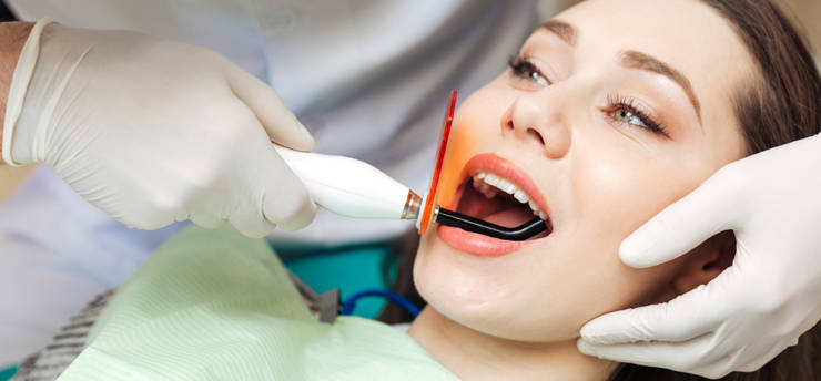 Home-service-dental-miniature.jpg